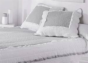 Dessus De Lit Boutis : couvre lit boutis marquise gris blanc taie d 39 oreiller ~ Teatrodelosmanantiales.com Idées de Décoration