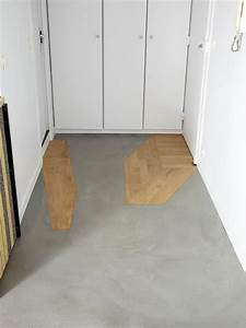 Pose de beton cire et incrustation de parquet for Porte d entrée pvc avec béton ciré sur carrelage mural salle de bain