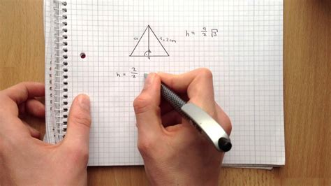 hoehe im gleichseitigen dreieck ausrechnen