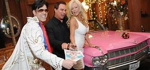 Elvis pink caddy las vegas wedding for Gay wedding packages las vegas