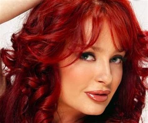 red black hair color ideas  background