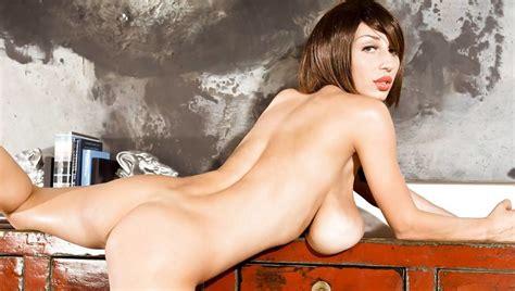Super Sexy Venera French Maid Zb Porn