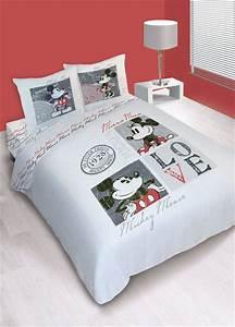 Parure Lit Adulte : parure house de couette disney mickey love vintage ~ Teatrodelosmanantiales.com Idées de Décoration
