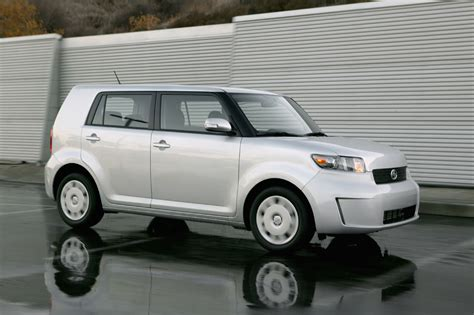 scion cube 2017 2008 scion xb photo gallery autoblog