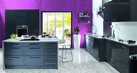 cuisine blanche et aubergine photo cuisine aubergine et grise en hd with cuisine
