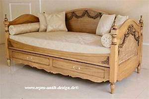 Sofa Mit Bett : barock schlafcouch sofa bett betten shop repro antik design ~ Frokenaadalensverden.com Haus und Dekorationen