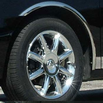 buick lacrosse wheel  fender trim