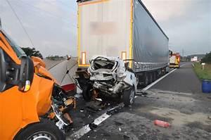 Autoroute A13 Accident : grave accident sur l autoroute a13 ~ Medecine-chirurgie-esthetiques.com Avis de Voitures