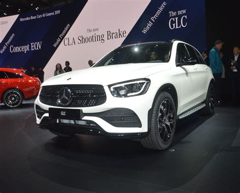 Facelifted Mercedes-benz Glc