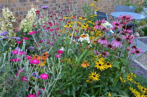 summer flower garden related keywords suggestions for late summer flower gardens