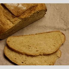Spelt Country French Bread In An Ezdoh