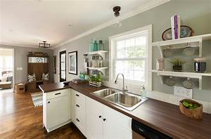 Cool valspar paint colors decorating ideas for Kitchen colors with white cabinets with university of maryland wall art