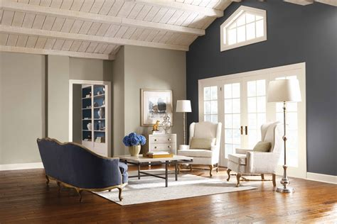 dark accent wall whitewash ceiling for the home