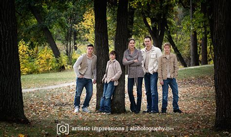 profressional fall family portraits  winnipeg manitoba