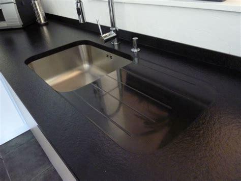 evier cuisine sous plan evier cuisine granit noir evier cuisine gres ou resine