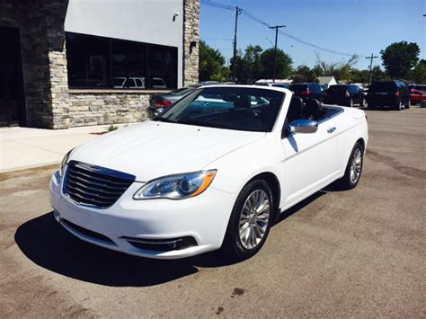 2013 Chrysler 200 Convertible Limited 2dr Convertible In