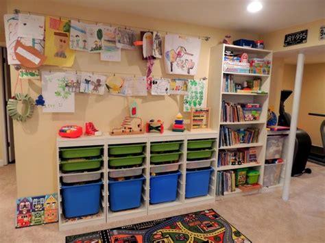 rangement salle de jeux enfant 50 id 233 es astucieuses