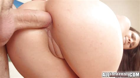 All Internal Sexy Brunette Shows Her Anal Creampie