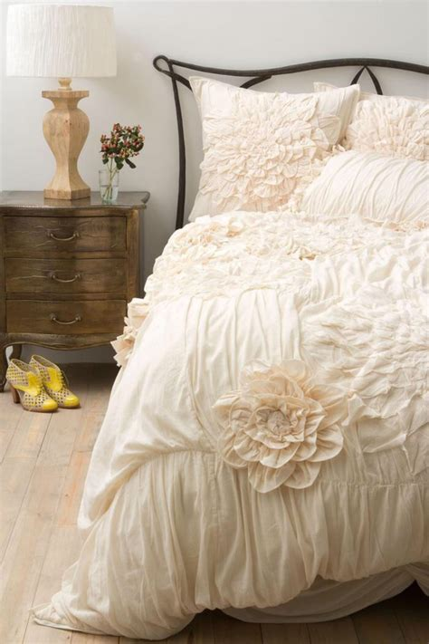 Lush Decor Serena 3 Comforter Set by Lush Decor Serena 3 Comforter Set