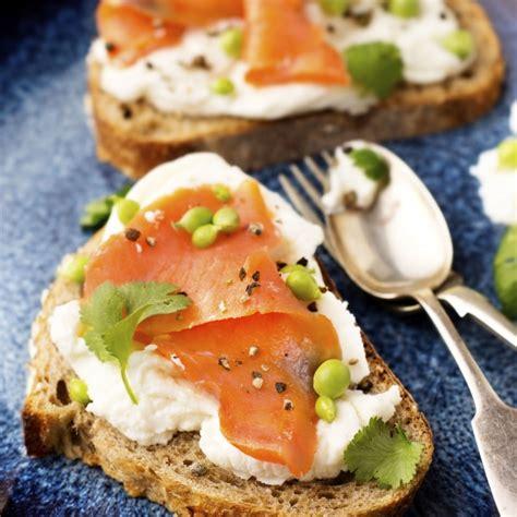 recette tartine de saumon au chevre