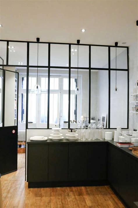 cuisine en verriere une verrière intérieure pour cloisonner l 39 espace avec style
