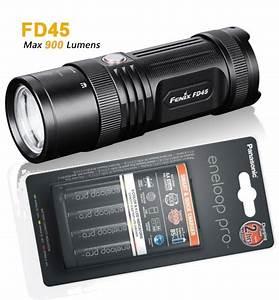 Led Taschenlampe Mit Kfz Ladegerät : fenix fd45 fokussierbare led taschenlampe 900 lumen ~ Kayakingforconservation.com Haus und Dekorationen