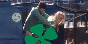 Couple En Train De Faire L Amour : surpris en train de faire l 39 amour au milieu des poubelles ~ Maxctalentgroup.com Avis de Voitures