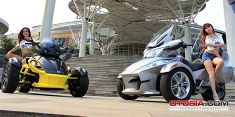 Modif Motor Jadi Tiga Roda Can Am by Motor Baru 3 Roda Canam Raffi Ahmad Dilepas Rp 700 Juta