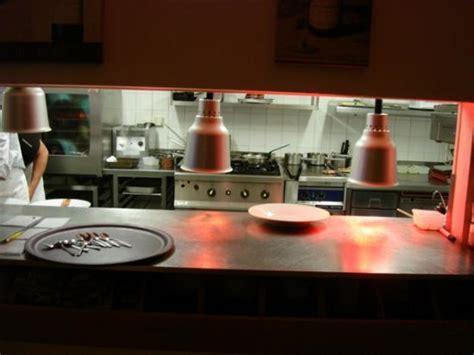 cuisine avec passe plat passe plat picture of en cuisine brive la gaillarde