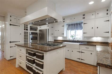 what of kitchen cabinets are in style best 25 hinges ideas on garage door 2236