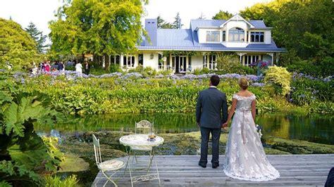 Wedding Ceremony At Hortensia House Garden In Blenheim