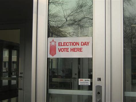 uwm sandburg front desk lexieanderson photo essay election day uwm style