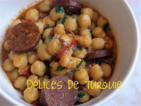 cuisine pois chiche recette de pois chiches au sucuk turc ou chorizo