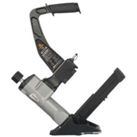 manual pneumatic air hardwood flooring cleat nailer
