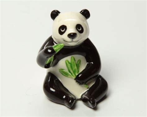 papa panda ceramic figurine eating bamboo  hagen