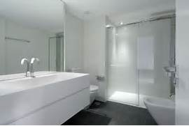Bathroom Design Grey And White White And Modern Bathroom Design By A Cero Interior Design