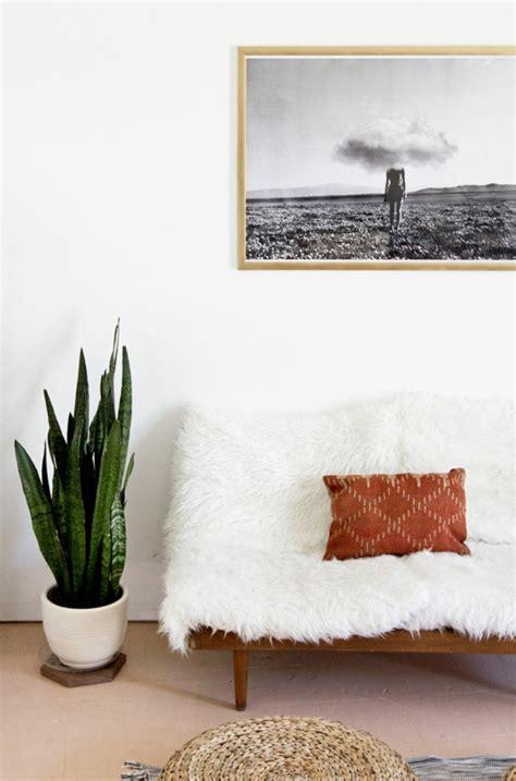 sur le canapé ou dans le canapé le meilleur plaid en fourrure en 40 photos inspirantes