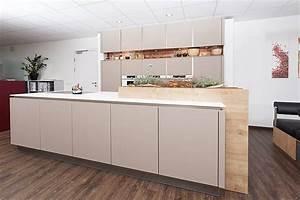 Moderne Küchen Bilder : moderne k chen bei olina sterreich ~ Markanthonyermac.com Haus und Dekorationen