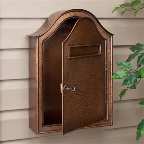 Large Hammered Copper Locking Wall Mount Mailbox   Antique