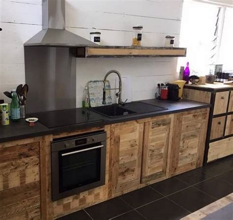 pallet wood kitchen cabinets awesome ways to recycle old shipping pallets pallet wood 291 | Wood Pallet Kitchen Cabinets1