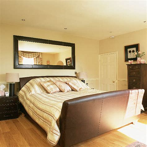 Bedroom Above Garage Feng Shui by 5 Bad Feng Shui Bedrooms Decor Solutions The Tao Of