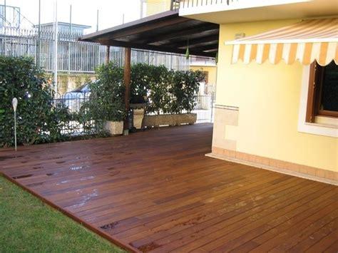 verande per esterni pavimenti in plastica pavimentazioni caratteristiche