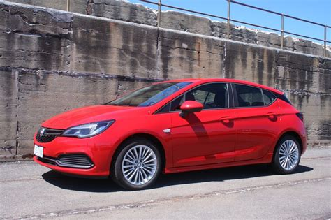 Auto Review: 2017 Holden Astra R