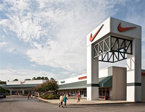 Nike Outlet Smithfield Nc by Carolina Premium Outlets In Smithfield Nc 27577