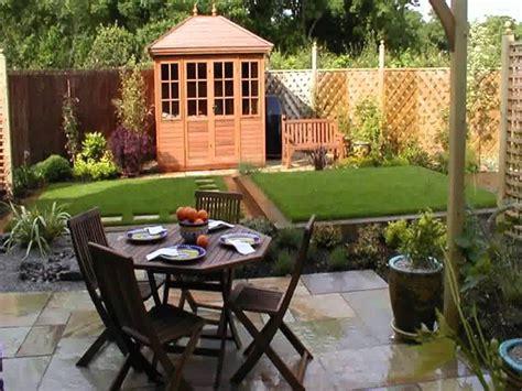 small home square garden design ideas