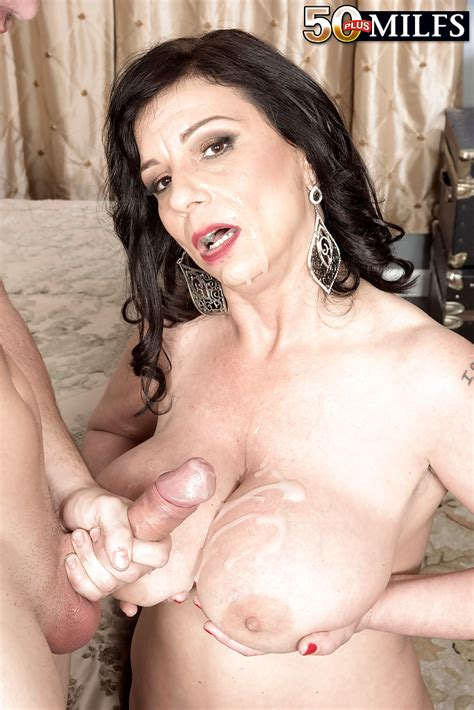 Over 50 Milf Exposing Large Breasts Before Giving Hardcore