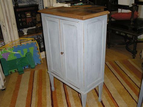 petit meuble d appoint repatin 233 bleu gris photo de petit mobilier revisit 233 nourspassion