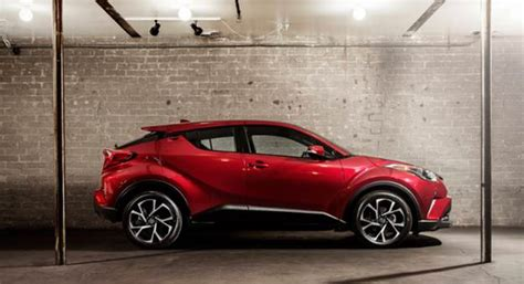 Toyota Chr Hybrid 2019 by 2019 Toyota C Hr Hybrid Price Review Toyota Specs And