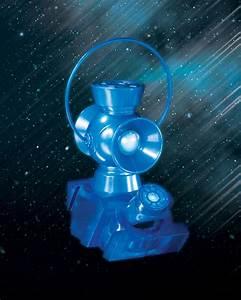 Blackest Night: Blue Lantern 1:4 Scale Power Battery ...