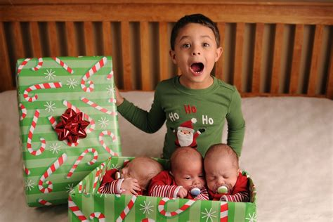 holiday sibling photography pinterest best 25 sibling pictures ideas on pictures